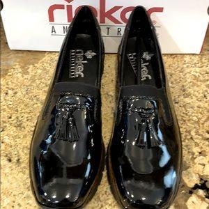 REKER black wedge shoes